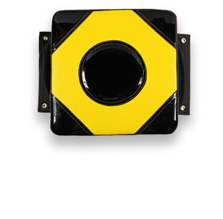 30*30*10cm PU Leather Wall Target (Black & Yellow)